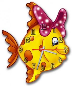 """Часы """"Рыбка с бантом"""""""