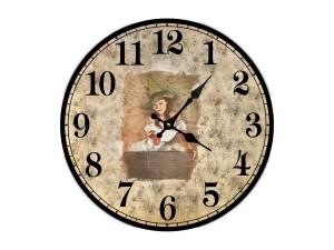 """Настенные часы """"Девушка с тазиком"""""""